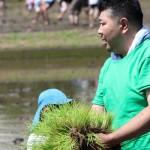 2015年 親子で田植え体験」イベントを開催しました!